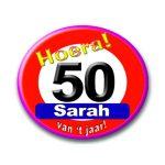 Button hoera Sarah verkeersbord